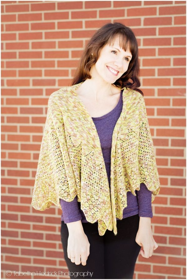 majka shawl front view